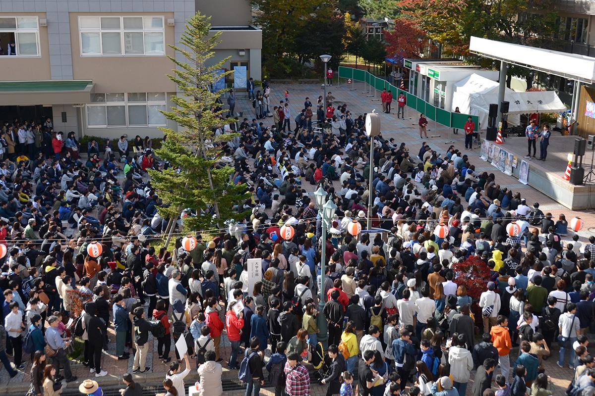 地域の方も訪れる弘前大学総合文化祭
