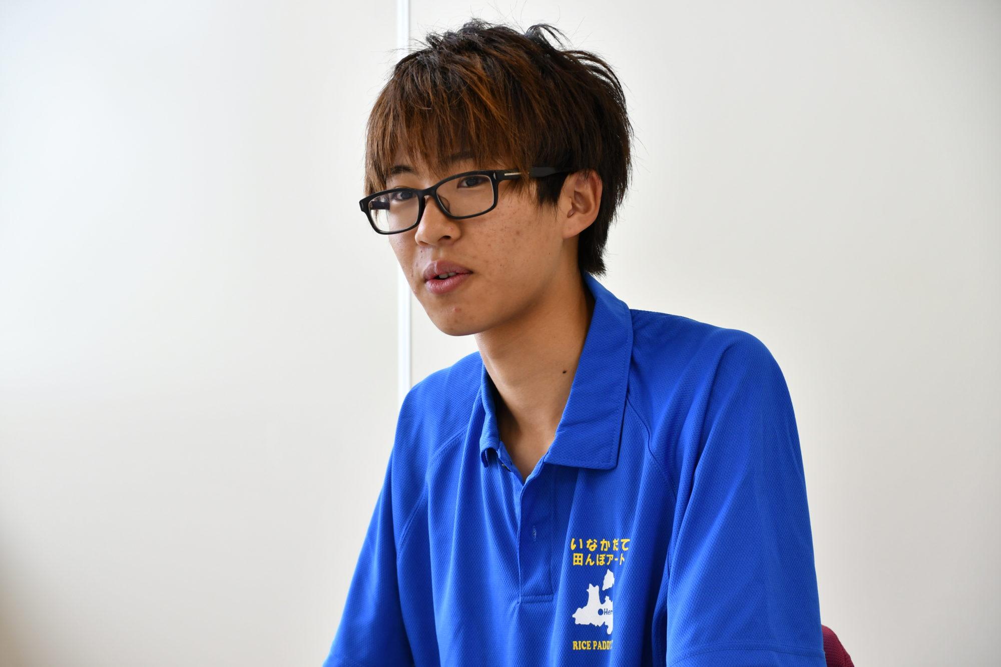弘前大学人文社会科学部1年