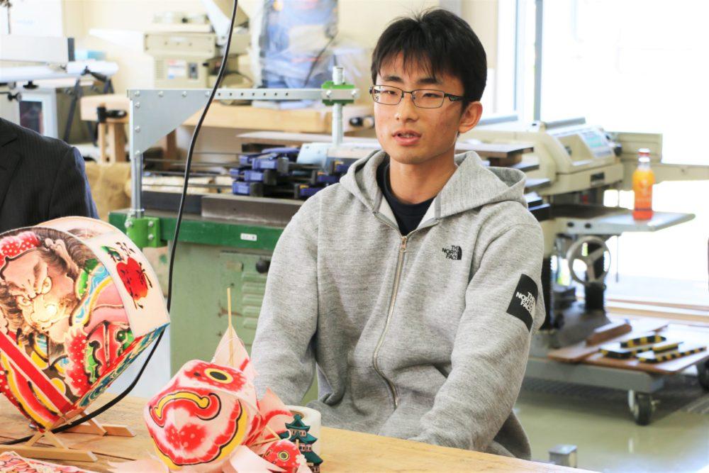 弘前大学りんご・さくら剪定枝